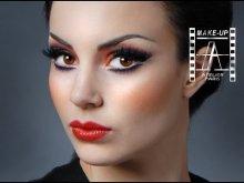 Embedded thumbnail for Ukážka modrého make-upu